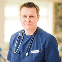 Steve Warren - BVetMed PGcert(ophthal) BSAVA PGcert(SAS) MRCVS